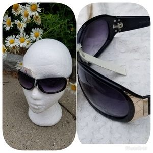 NWT Kenneth Cole gradient sunglasses